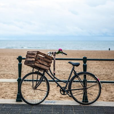How to rent a bike in the Hague for tourists and locals